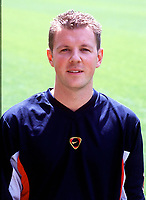 Colin Lewin (assistant physio), Arsenal Photocall, Highbury Stadium, 11/8/00. Credit: Colorsport / Stuart MacFarlane.