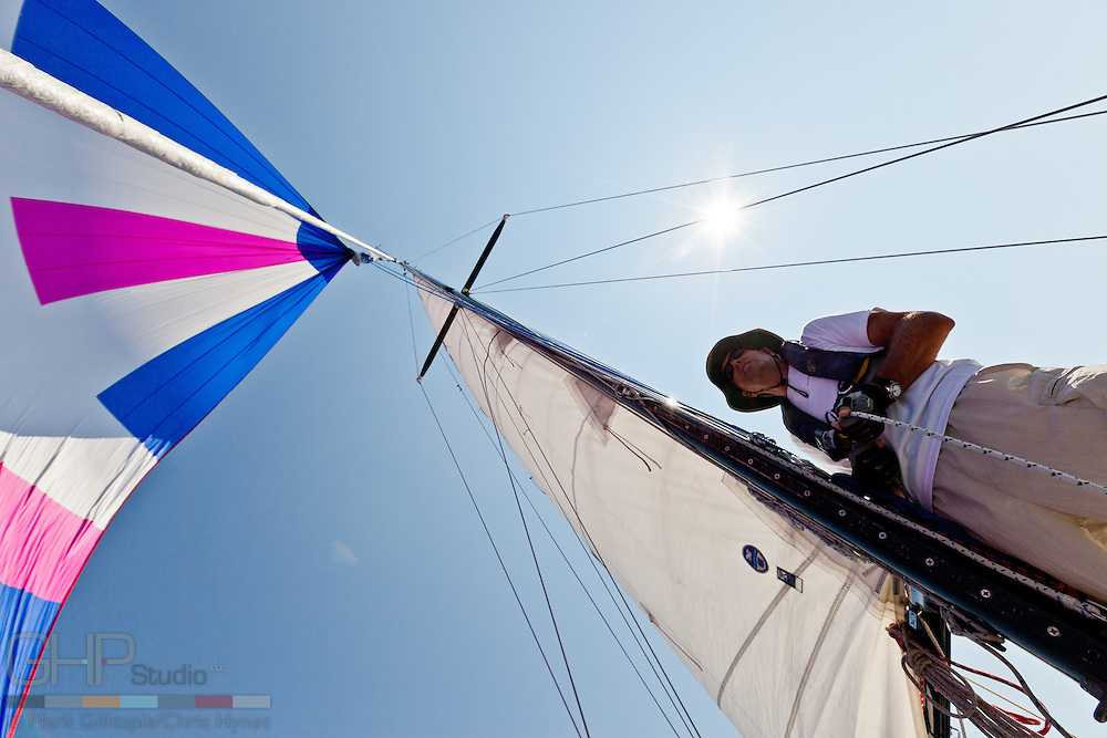 As we clear Pointe Betsie, we fall off to a broad reach at hoist the spinnaker.