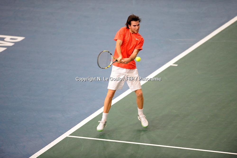 Adrian Mannarino (FRA), BNP Paris Masters Tennis, Paris France. 9 November 2011. Photo: Panoramic