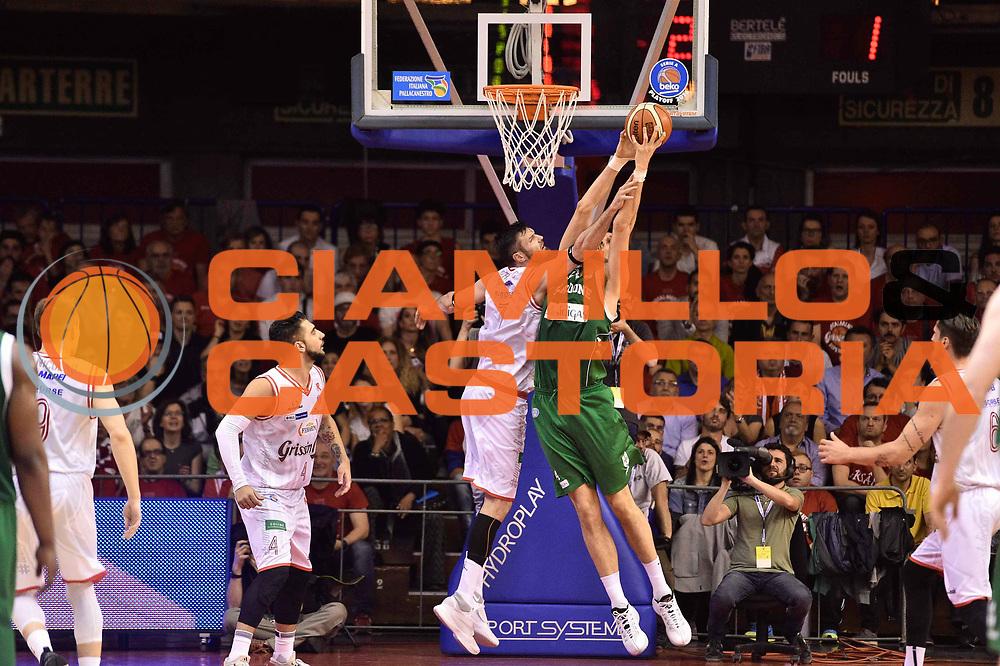 Reggio Emilia 18.05.2016<br /> Basket Serie A - Playoff Semifinali Gara 1<br /> Grissini Bon Reggio Emilia - Sidigas Avellino<br /> <br /> Nella foto: Riccardo Cervi