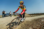 2015.04.09 - Roubaix - Recon. cobbles