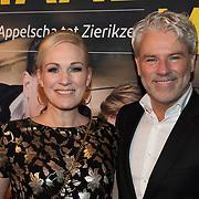 NLD/Amsterdam/20200123 - Premiere Haal Het Doek Maar Op, Wieneke Remmers en partner Rein Kolpa