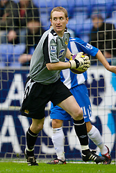 WIGAN, ENGLAND - Sunday, January 20, 2008: Wigan Athletic's goalkeeper Chris Kirkland during the Premiership match at the JJB Stadium. (Photo by David Rawcliffe/Propaganda)