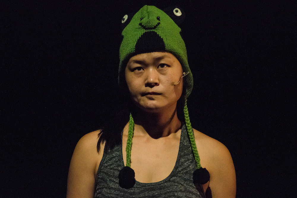 Performance of Jan Lee's 'How to Play A Room' at The Place London on 2 February 2017 as part of Resolution! © Chantal Guevara