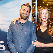 NLD/Amsterdam/20150914 - Premiere 3D Imax film Everest, Evelien Bosch en partner Mark Gademan