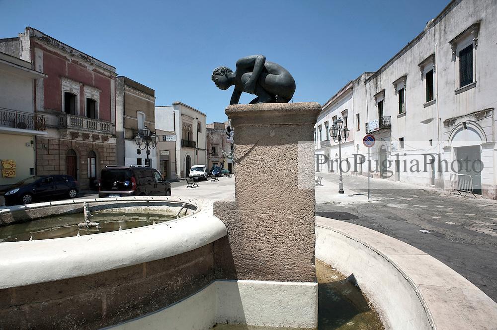 Racale LE.La Fontana della piazza