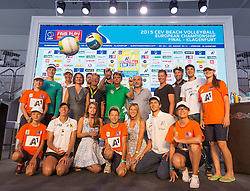 28.07.2015, Klagenfurt, Strandbad, AUT, A1 Beachvolleyball EM 2015, Pressekonferenz, im Bild hinten v.l.n.r. Madelein Meppelink, Barbara Hansel, Susanne Speil, Hannes Florianz, Renato Arena, Clemens Doppler, Hannes Jagerhofer, Peter Kleinmann, Patric Schmidl, Alexander Horst, Alexander Huber und vorne links Stefanie Schweiger und rechts Robert Seidl // during Press Conference of the A1 Beachvolleyball European Championship at the Strandbad Klagenfurt, Austria on 2015/07/28. EXPA Pictures © 2015, EXPA Pictures © 2015, PhotoCredit: EXPA/ Mag. Gert Steinthaler