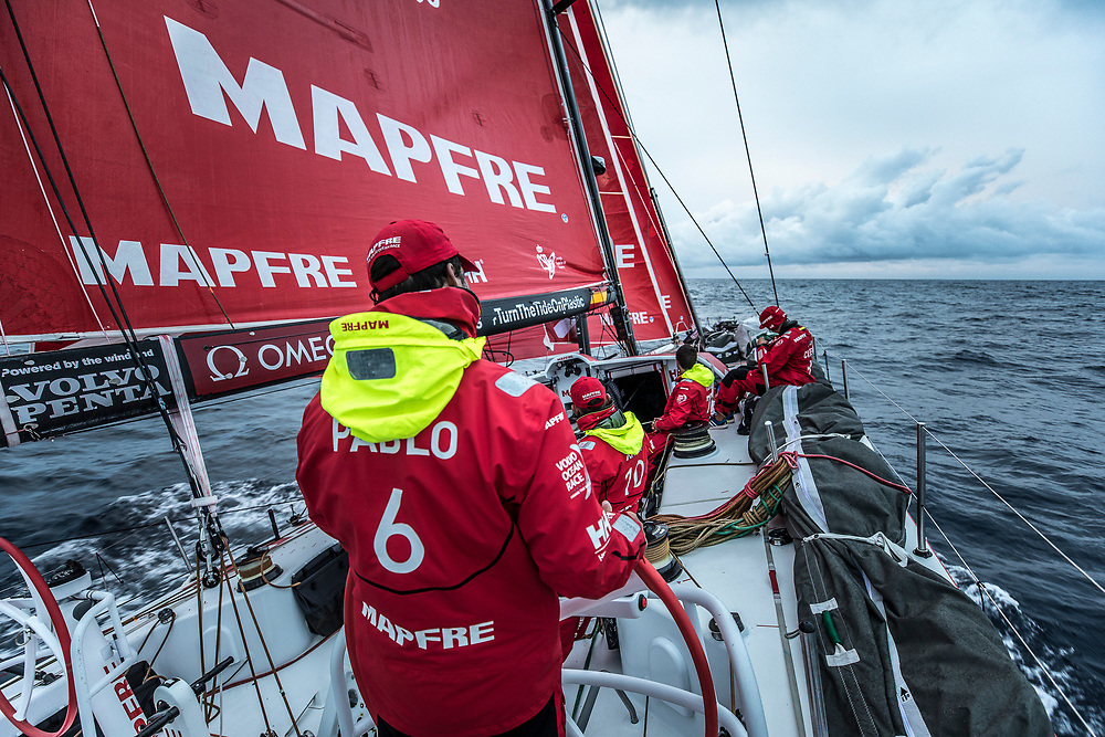 Leg 6 to Auckland, day 04 on board MAPFRE, Pablo Arrarte at the helm. 10 February, 2018.