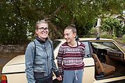 Volvo-&auml;garen Carla Shetzline, 49 &aring;r, tillsammans med sin dotter Vivienne Gaied, 12 &aring;r.<br /> Portland, Oregon, USA<br /> Foto: Christina Sj&ouml;gren