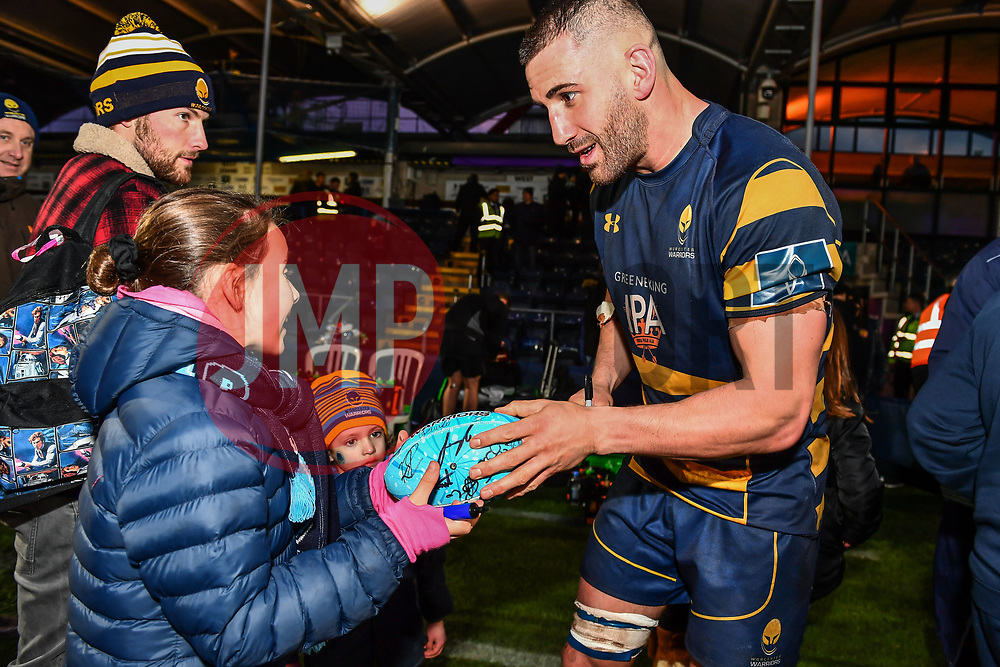 Matt Cox of Worcester Warriors signs autographs for fans after the game - Mandatory by-line: Craig Thomas/JMP - 27/01/2018 - RUGBY - Sixways Stadium - Worcester, England - Worcester Warriors v Exeter Chiefs - Anglo Welsh Cup
