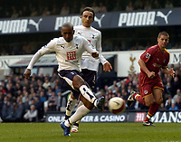 Photo: Olly Greenwood.<br />Tottenham Hotspur v Reading. The Barclays Premiership. 01/04/2007. Spurs Jermain Defoe scores but he's been flagged off side
