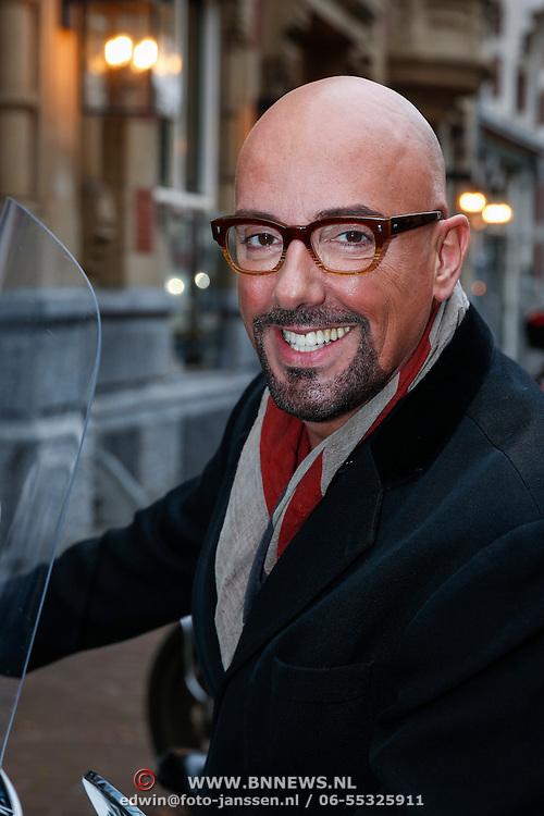 NLD/Amsteram/20121024- Presentatie biografie Joop van den Ende, Maik de Boer