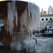A partially frozen water fountain in Bryant Park, Manhattan, New York as a cold snap hits the eastern seaboard of America. New York, USA. 23rd January 2013. Photo Tim Clayton