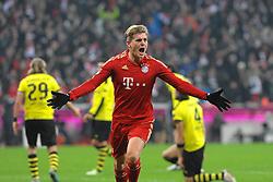 01-12-2012 VOETBAL: FC BAYERN MUNCHEN - BORUSSIA DORTMUND: MUNCHEN<br /> Toirjubel von Toni KROOS (FC Bayern Muenchen) nach dem 1:0 <br /> ***NETHERLANDS ONLY***<br /> ©2012-FotoHoogendoorn.nl