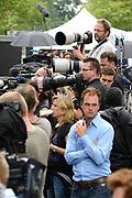 Besloten bijeenkomst voor nabestaanden van de slachtoffer van de vliegramp met de MH17 in het NBC Congrescentrum in Nieuwegein <br /> <br /> Closed meeting for the families of the victims of the plane crash with the MH17 , in NBC congresscentre in Nieuwegein <br /> <br /> Op de foto / On the photo:  Pers / Press