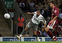 Photo: Paul Thomas.<br /> Bradford v Bristol City. Coca Cola League 1. 08/08/2006.<br /> <br /> Scott Murray (L) scores for Bristol City.