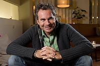 2008, BERLIN/GERMANY:<br /> Martin Varsavsky, argentinischer Unternehmer und Geschaeftsfuehrer und Gruender von FON, waehrend einem Interview, Restaurant Shiro I Shiro<br /> IMAGE: 20081020-04-003