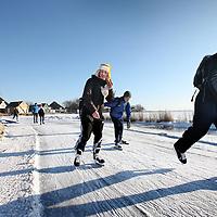 Nederland, Zunderdorp , 10 februari 2012..Start Ijsbaanroute bij Zunderdorp..Foto:Jean-Pierre Jans