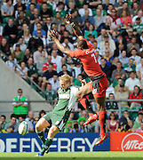 Twickenham, GREAT BRITAIN,  Toulouses', Yannick NYANGA, jumping, attempting to charge down, Shane GERATHTY's, clearence kick, during the Heineken, Semi Final, Cup Rugby Match,  London Irish vs Toulouse, at the Twickenham Stadium on Sat 26.04.2008 [Photo, Peter Spurrier/Intersport-images]