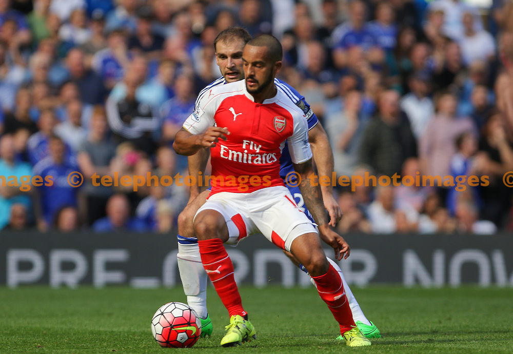 Theo Walcott of Arsenal on the ball during the Barclays Premier League match between Chelsea and Arsenal at Stamford Bridge in London. September 19, 2015.<br /> Arron Gent / Telephoto Images<br /> +44 7967 642437