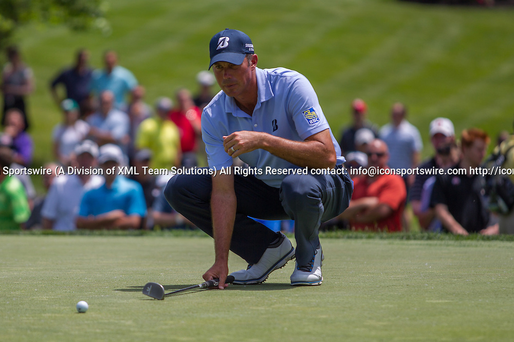 June 03, 2016: Matt Kuchar lines up his putt during the Second Round of the Memorial Tournament presented by Nationwide at Muirfield Village Golf Club in Dublin, OH. (Photo by Michael Griggs/Icon Sportswire)