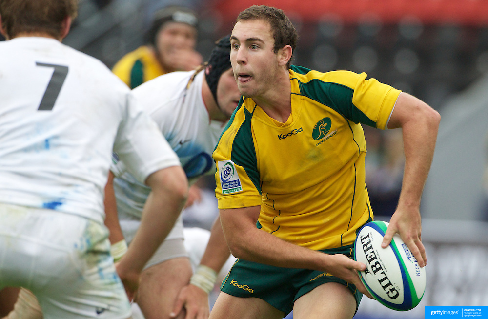 Nicholas White, Australia, in action during the England V Australia  semi final match at Estadio El Coloso del Parque, Rosario, Argentina, during the IRB Junior World Championships. 17th June 2010. Photo Tim Clayton....