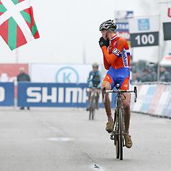 Mathieu van der Poel wereldkampioen bij de junioren in Koksijde 2012