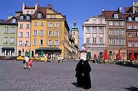Place Zamkowy (Zamkowy Square), old town. Warsaw. Poland