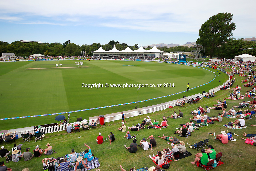 General Veiw on Day 2 of the boxing Day Cricket Test Match between the Black Caps v Sri Lanka at Hagley Oval, Christchurch. 27 December 2014 Photo: Joseph Johnson / www.photosport.co.nz