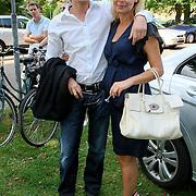 NLD/Nuenen/20080809 - Huwelijk Tanja Jess en Charly Luske, zwangere Froukje de Both en partner Jeroen te Rehorst