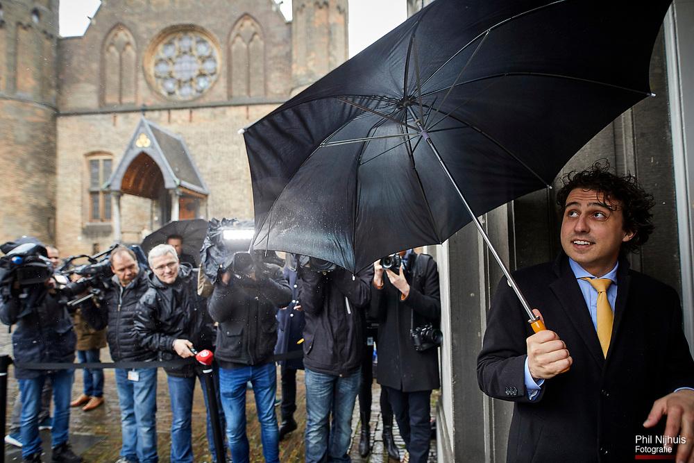 Nederland, Den Haag, 20 maart 2017 -  <br /> Verkenner Edith Schippers ontvangt maandag de fractievoorzitters in de Tweede Kamer. <br /> Groenlinks fractievoorzitter Jesse Klaver op gesprek bij verkenner Edith Schippers in de Stadhouderskamer.  Foto; Phil Nijhuis