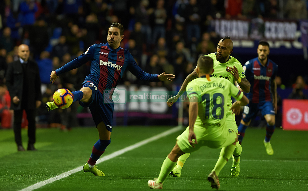 صور مباراة : ليفانتي - برشلونة 0-5 ( 16-12-2018 )  20181216-zaa-n230-414