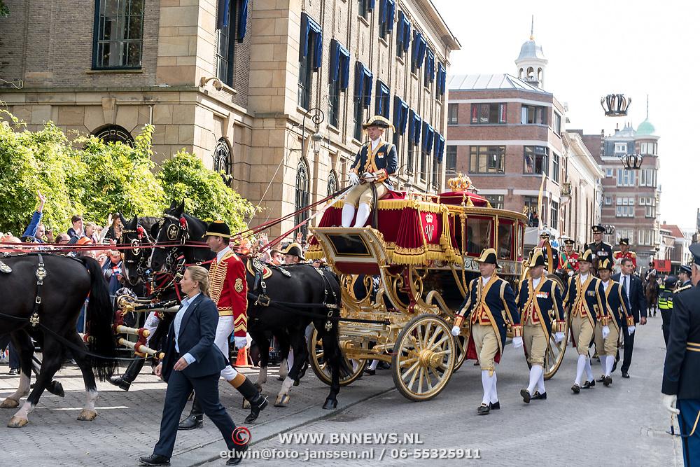 NLD/Den Haag/20170919 - Prinsjesdag 2017, Glazen koets met paarden