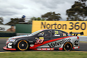 Lee Holdsworth in the Garry Rogers Motorsport Commodore during the Norton 360 Sandown Challenge held at the Sandown International Motor Raceway, Victoria on Sunday 2nd August. 2009 V8 Supercar Series Rounds 13 and 14. Photo © Clay Cross/PHOTOSPORT