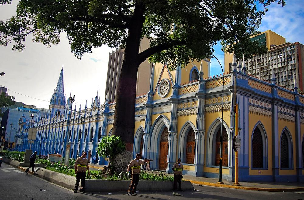 El Paseo de Patrimonio Cultural se encuentra en la cuadra San Francisco y le fue dado ese nombre por estar ubicados varios edificios historicos de la ciudad capital. Caracas 24 de agosto del 2008. (Aaron Sosa / Orinoquiaphoto)