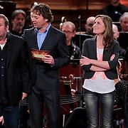 NLD/Haarlem/20121002- Opname AVRO's programma Maestro, presentator Frits Sissing, deelnemers Michiel Romeijn, Brecht van Hulten, Kleine Viezerik