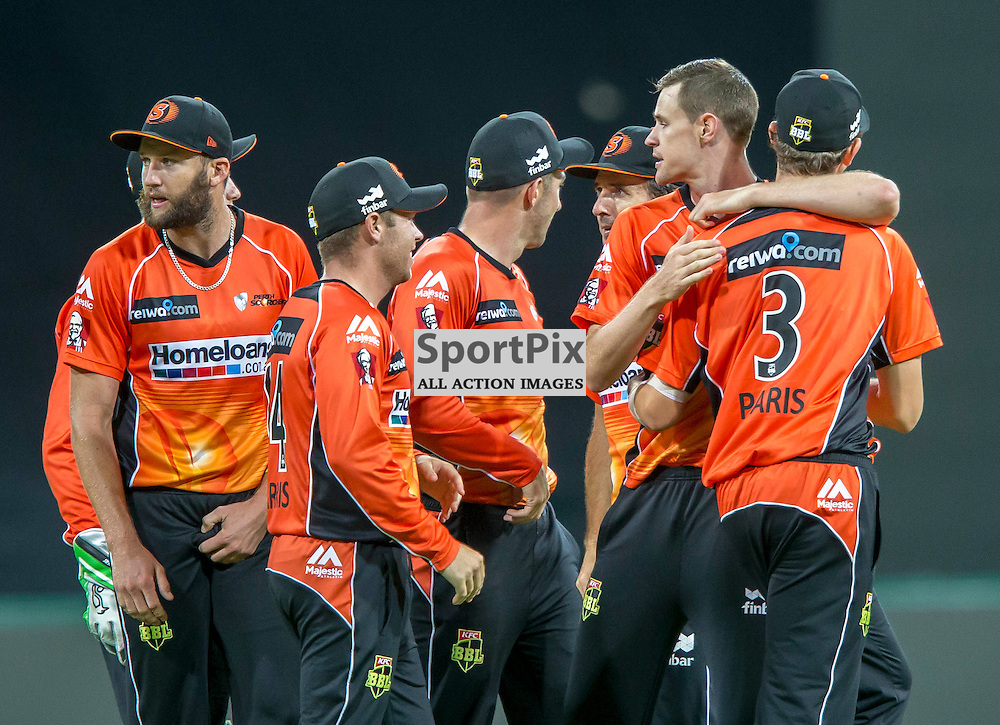 KFC Big Bash League T20 2015-16 , Sydney Thunder v Perth Scorchers, Spotless Stadium; 7 January 2016<br /> Perth Scorchers Jason Behrendorff embraces Perth Scorchers Joel Paris after the wicket of Sydney Thunder Andre Russell