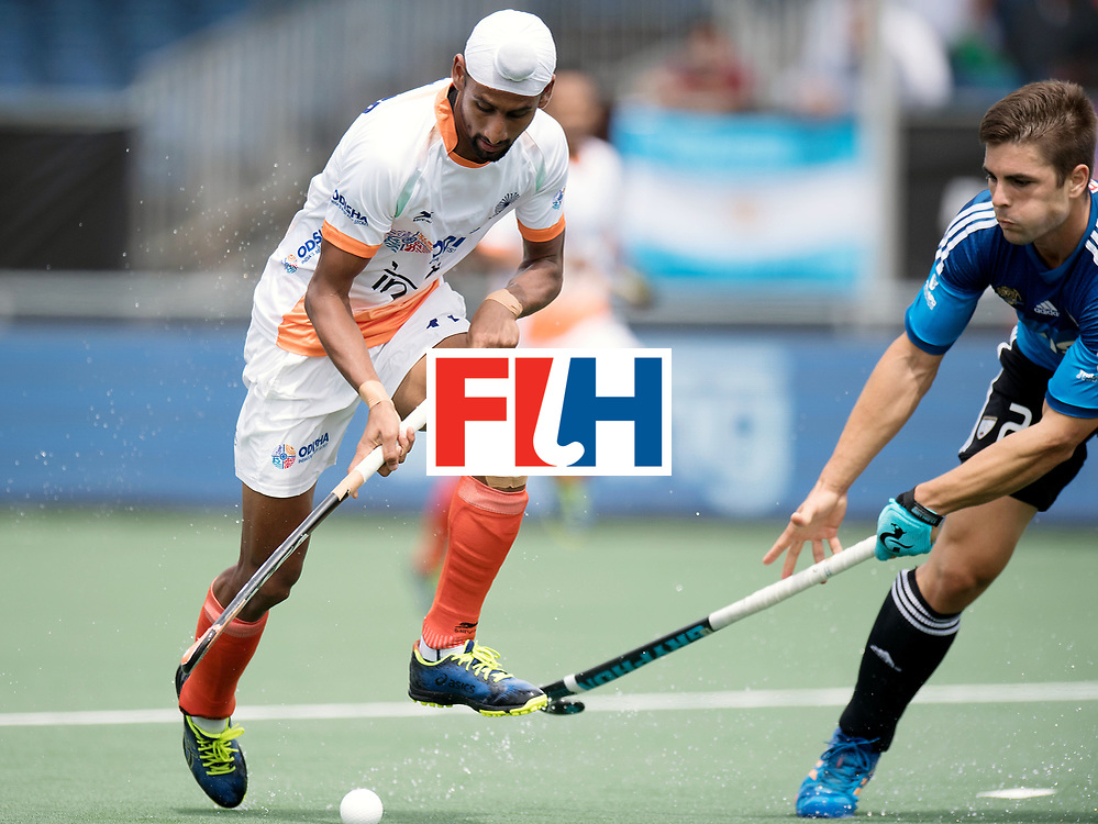 BREDA - Rabobank Hockey Champions Trophy<br /> India - Argentina<br /> Photo: Mandeep Singh and Gonzalo Peillat.<br /> COPYRIGHT WORLDSPORTPICS FRANK UIJLENBROEK