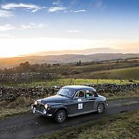 Car 4 Robert McLean / Susan McClean - Rover P4 100