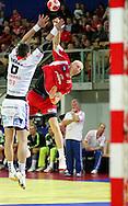 GEPA-26011050088 - INNSBRUCK,AUSTRIA,26.JAN.10 - SPORT DIVERS, HANDBALL - EHF Europameisterschaft, EURO 2010, Laenderspiel, Polen vs Tschechien. Bild zeigt Vaclav Vrany (CZE) und Karol Bielecki (POL). Foto: GEPA pictures/ Thomas Bachun.FOT. GEPA / WROFOTO.*** POLAND ONLY !!! ***
