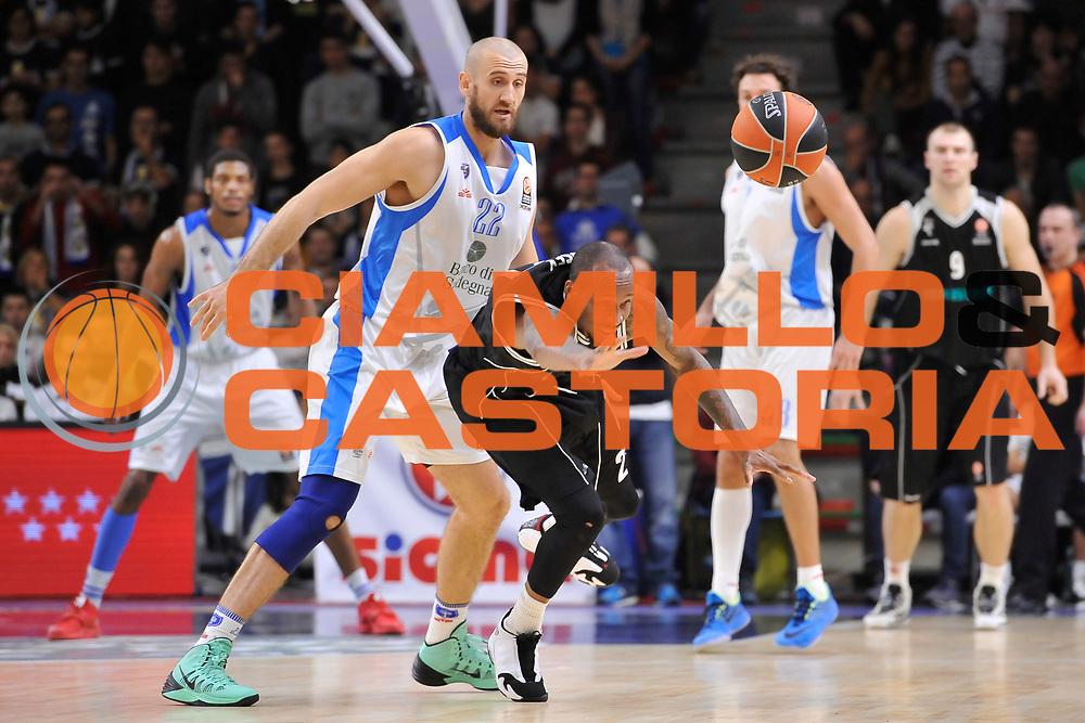 DESCRIZIONE : Eurolega Euroleague 2014/15 Gir.A Dinamo Banco di Sardegna Sassari - Nizhny Novgorod<br /> GIOCATORE : Tarence Kinsey<br /> CATEGORIA : Palla Persa<br /> SQUADRA : Nizhny Novgorod<br /> EVENTO : Eurolega Euroleague 2014/2015<br /> GARA : Dinamo Banco di Sardegna Sassari - Nizhny Novgorod<br /> DATA : 21/11/2014<br /> SPORT : Pallacanestro <br /> AUTORE : Agenzia Ciamillo-Castoria / Luigi Canu<br /> Galleria : Eurolega Euroleague 2014/2015<br /> Fotonotizia : Eurolega Euroleague 2014/15 Gir.A Dinamo Banco di Sardegna Sassari - Nizhny Novgorod<br /> Predefinita :