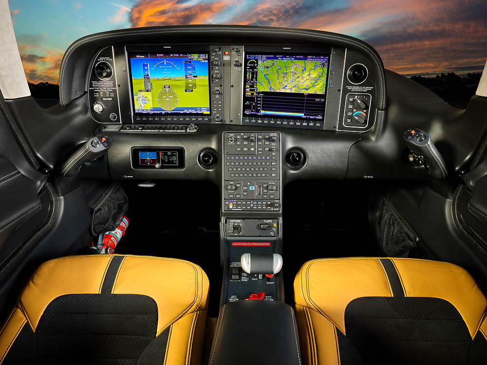 Avionics and interior of the 2018 Cirrus SR22T general aviation aircraft.  <br /> <br /> Created by aviation photographer John Slemp of Aerographs Aviation Photography. Clients include Goodyear Aviation Tires, Phillips 66 Aviation Fuels, Smithsonian Air & Space magazine, and The Lindbergh Foundation.  Specialising in high end commercial aviation photography and the supply of aviation stock photography for advertising, corporate, and editorial use.