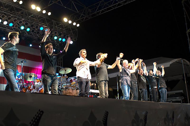 ©Gustavo EscanelleChicago Band