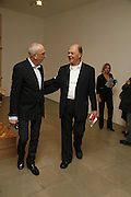 Nick White and Nicholas Logsdail, Sculptures. Tony Cragg. Lisson Gallery. Bell st. Collectors opening. 15 May 2006.  ONE TIME USE ONLY - DO NOT ARCHIVE  © Copyright Photograph by Dafydd Jones 66 Stockwell Park Rd. London SW9 0DA Tel 020 7733 0108 www.dafjones.com