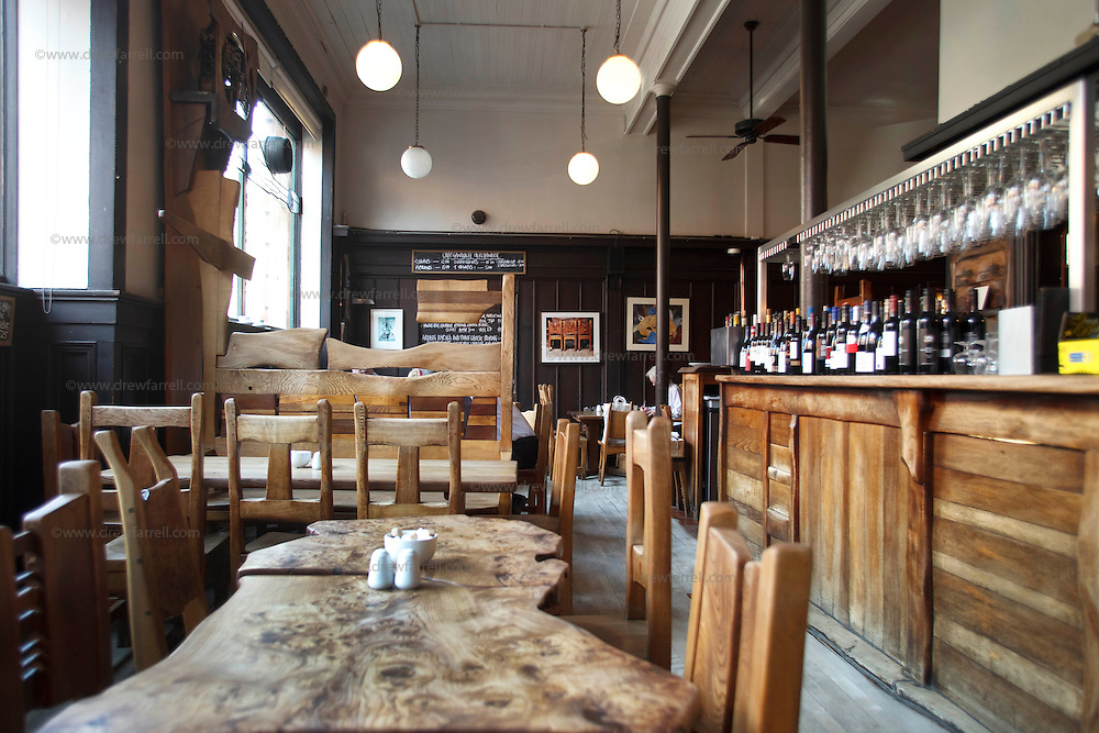 Picture shows : ..Cafe Gandolfi - Albion Street,Merchant City Area, Glasgow. Travel guide feature...Picture Drew Farrell. tel : 07721-735041......