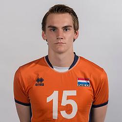 07-06-2016 NED: Jeugd Oranje jongens <1999, Arnhem<br /> Photoshoot met de jongens uit jeugd Oranje die na 1 januari 1999 geboren zijn / Sjors Tijhuis MID07-06-2016 NED: Jeugd Oranje jongens