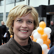 NLD/Hilversum/20080327 - Start ledenwerf actie omroep Max, Olga Commandeur