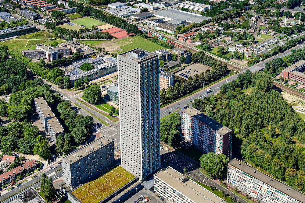 Nederland, Noord-Brabant, Tilburg, 23-08-2016; Hart van Brabantlaan hoek Ringbaan West, Westpont tower, woontoren<br /> <br /> luchtfoto (toeslag op standard tarieven);<br /> aerial photo (additional fee required);<br /> copyright foto/photo Siebe Swart