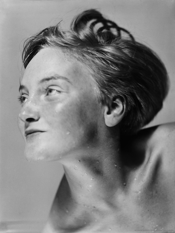 Heads. Portrait of woman, Austria, 1934