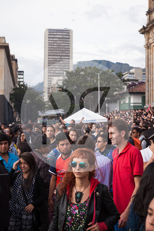 KOLUMBIEN - BOGOTA - Concierto de la Esperanza, Plaza de Bolívar - 14. Mai 2014 © Raphael Hünerfauth - http://huenerfauth.ch